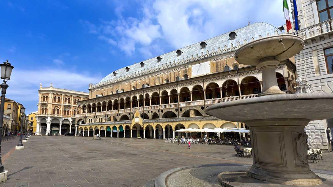 Palazzo della Ragione a Padova, Info, Prezzi e Orari