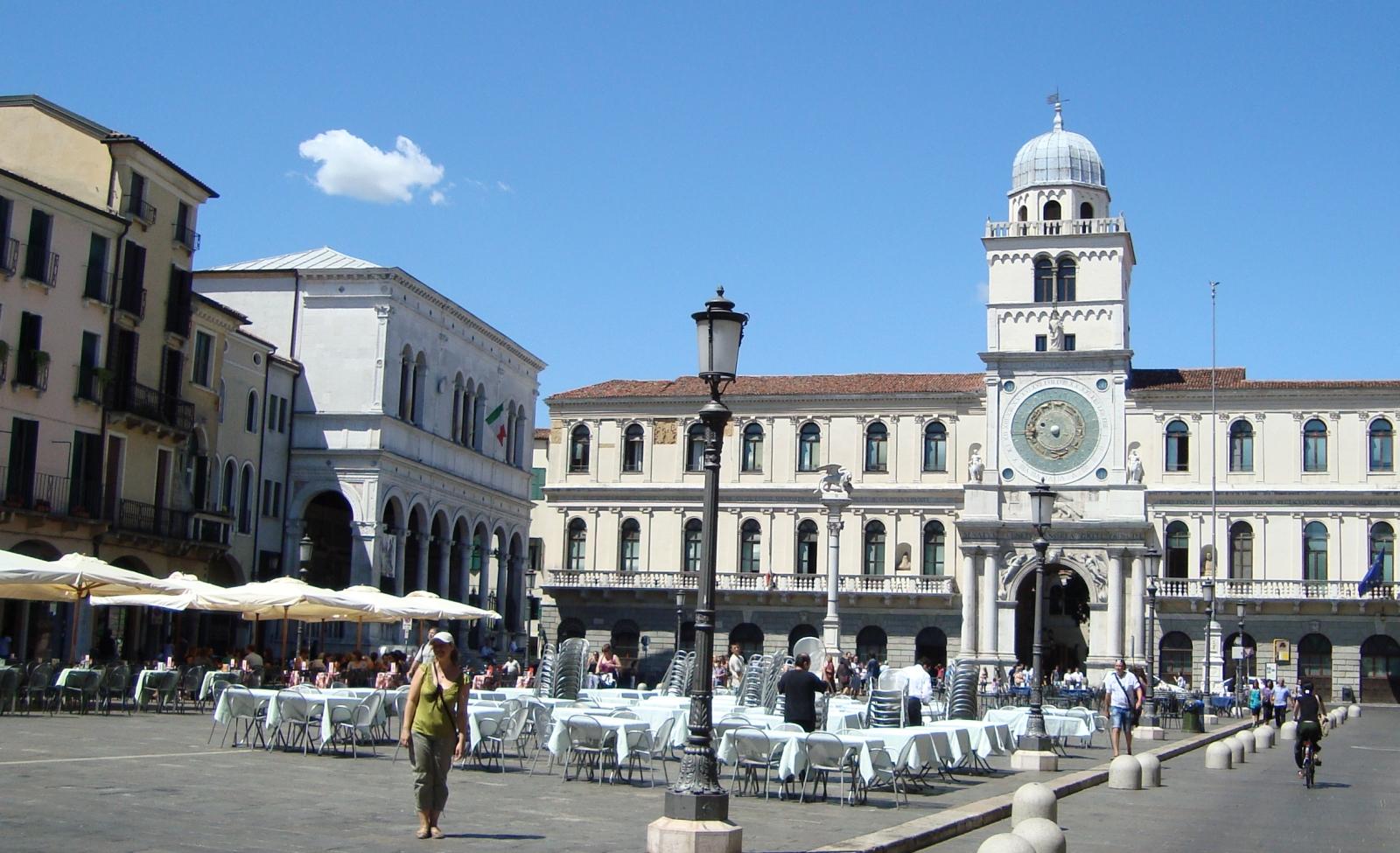 Torre dell'Orologio e Piazza dei Signori a Padova